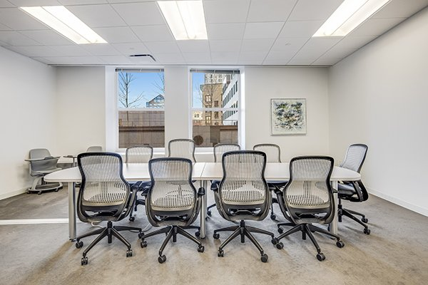 Large Flex Term Suite Lease in Exchange Place, Boston, MA
